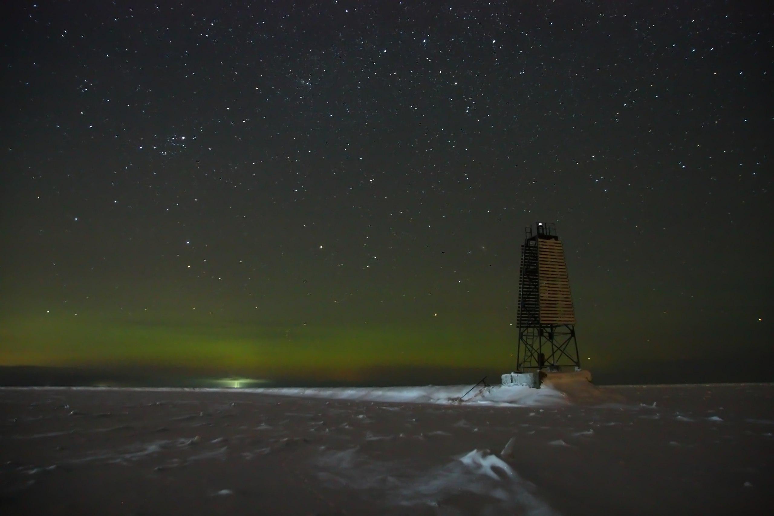 Северное сияние на Ладожском озере